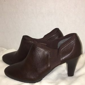 G.H. Bass brown heeled bootie size 11 medium